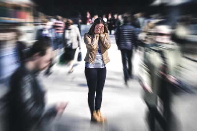 12-simptome-de-anxietate-care-ar-putea-indica-o-tulburare
